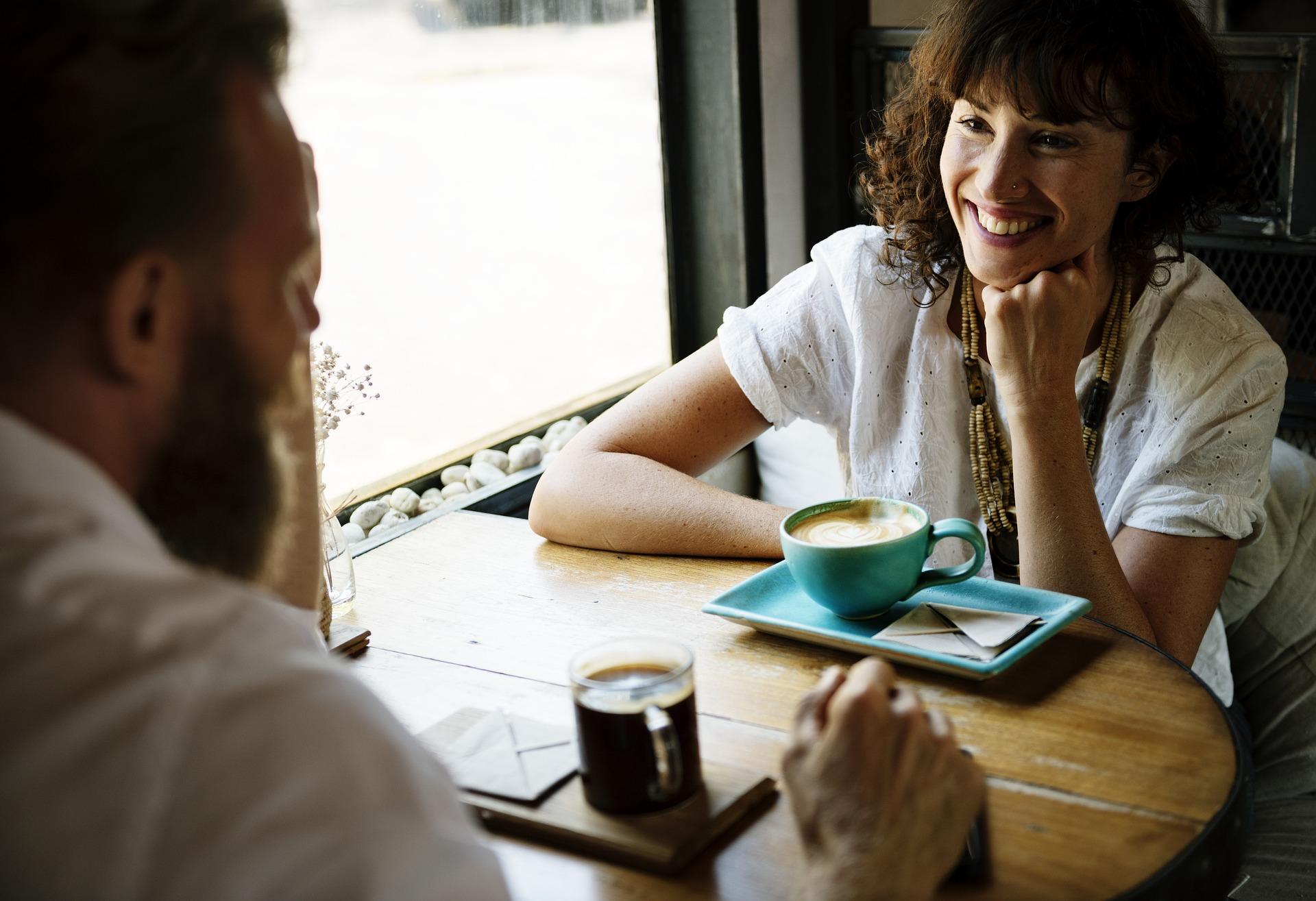 【男性必見】お見合いかかるお茶代問題について